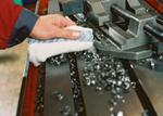 <!--:es-->Los paños de limpieza de MEWA Textil-Management ayudan a cuidar la maquinaria en las plantas industriales <!--:-->